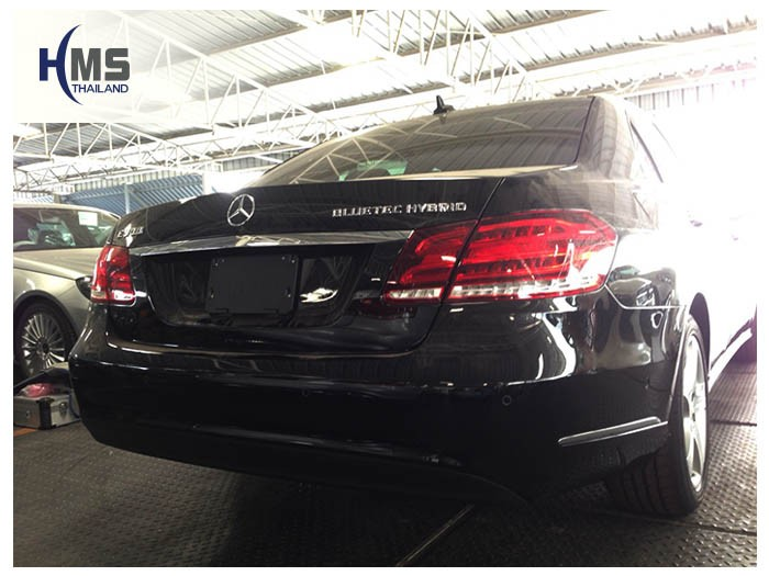 20150114 Mercedes Benz E300 W212_back