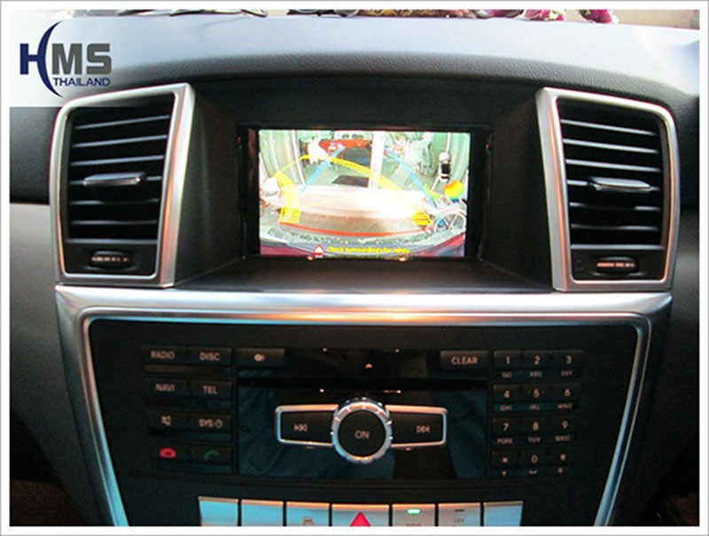 Mercedes Benz ML250 W116_Rear camera_View