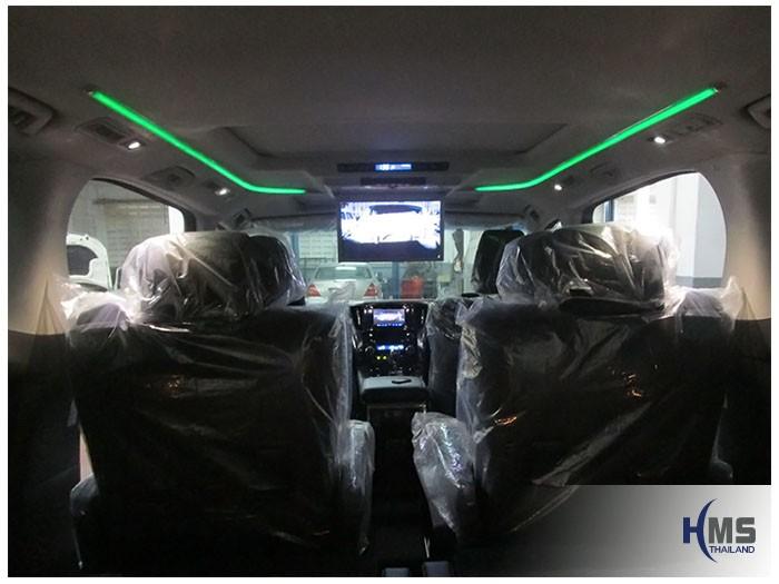 20161013 Toyota Alphard_Roof monitor_Zulex_LED15.6
