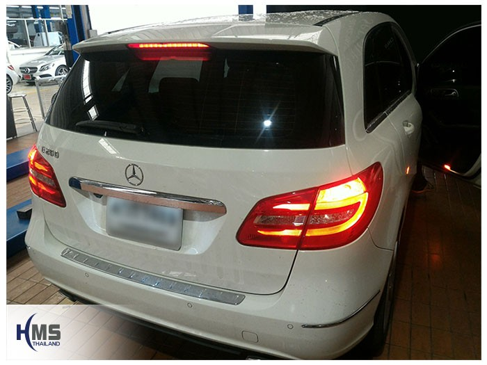 20170512 Mercedes Benz B200_W246_back,Benz, Mercedes ,เบนซ์ ,เมอร์เซเดส, ซาลูน,ราคาเบนซ์,facelift ,Brabus ,AMG ,Bluetec ,Hybrid,ไฮบริด, gps, navigation, Speednavi, Map, Navigator, Automobiles, Motor show Bangkok ,Motor expo, ราคา, ใบราคา, pricelist ,มือสอง , โชว์รูม, แผนที่, จีพีเอส, นำทาง,รีวิว, ทดสอบ,เนวิเกเตอร์, ประเทศไทย,ทีวีดิจิตอล,Digital TV,ทีวี,Rear camera,จอถอยหลัง,กล้องมองหลัง,กล้องถอยหลัง,หมุนตามพวงมาลัย,PAS,Park assistant system, carplay , android auto, screen mirroring, ภาพมือถือขึ้นจอรถยนต์ ,กล้องบันทึกเหตุการณ์ ,กล้องบันทึก, กล้องติดหน้ารถ, กล้องวีดีโอ, DVR, Driving Video recorder, thinkware, Blackvue, ,carcamkorea ,กล้องวีดีโอ, test drive ,