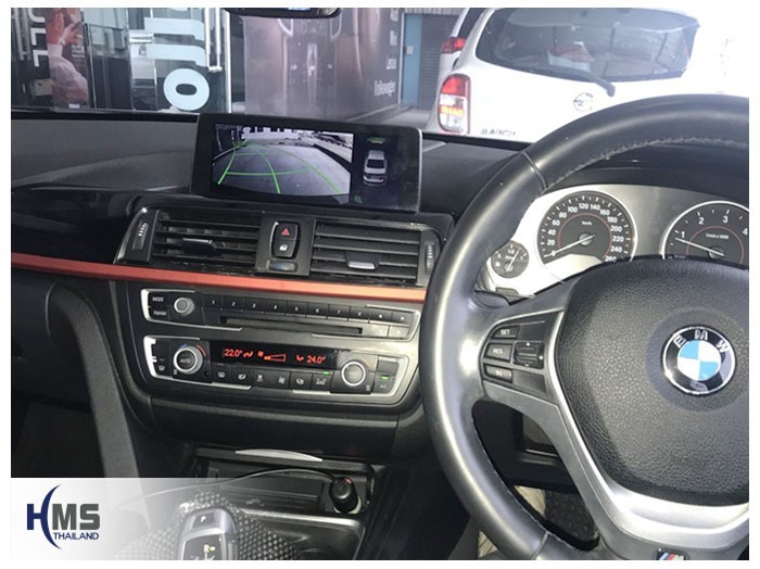 20180609 BMW 320d_F30_Rear camera_view,Rear camera,จอถอยหลัง,กล้องมองหลัง,กล้องถอยหลัง,หมุนตามพวงมาลัย,PAS,Park assistant system