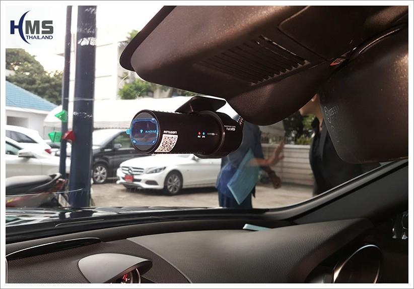 Mercedes Benz SLC300_R172_DVR_BlackVue_DR650GW-1CH