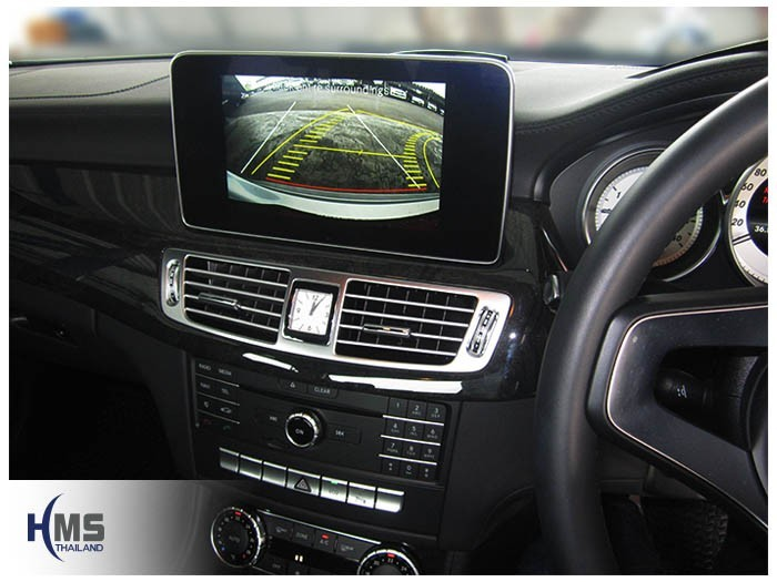 20150320 Mercedes Benz CLS250 W218_Rear camera_view_PAS_move