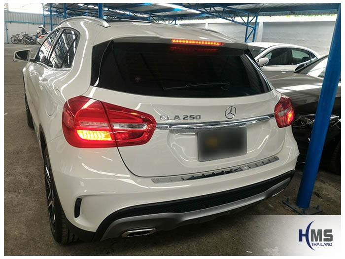 20170508 Mercedes Benz GLA250_X156_back,Benz, Mercedes ,เบนซ์ ,เมอร์เซเดส, ซาลูน,ราคาเบนซ์,facelift ,Brabus ,AMG ,Bluetec ,Hybrid,ไฮบริด, gps, navigation, Speednavi, Map, Navigator, Automobiles, Motor show Bangkok ,Motor expo, ราคา, ใบราคา, pricelist ,มือสอง , โชว์รูม, แผนที่, จีพีเอส, นำทาง,รีวิว, ทดสอบ,เนวิเกเตอร์, ประเทศไทย,ทีวีดิจิตอล,Digital TV,ทีวี,Rear camera,จอถอยหลัง,กล้องมองหลัง,กล้องถอยหลัง,หมุนตามพวงมาลัย,PAS,Park assistant system, carplay , android auto, screen mirroring, ภาพมือถือขึ้นจอรถยนต์ ,กล้องบันทึกเหตุการณ์ ,กล้องบันทึก, กล้องติดหน้ารถ, กล้องวีดีโอ, DVR, Driving Video recorder, thinkware, Blackvue, ,carcamkorea ,กล้องวีดีโอ, test drive ,
