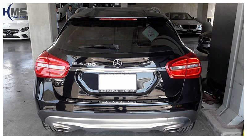20181219 Mercedes Benz GLC200 Back