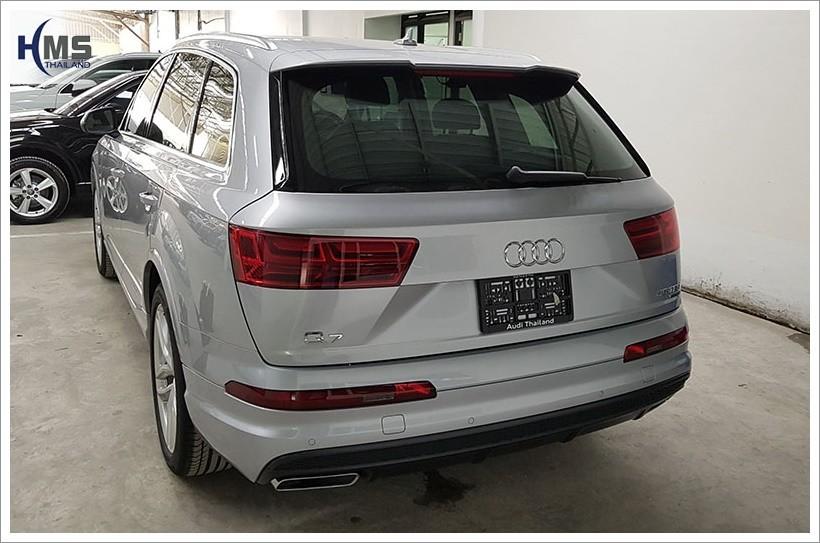 20171009 Audi Q7_back