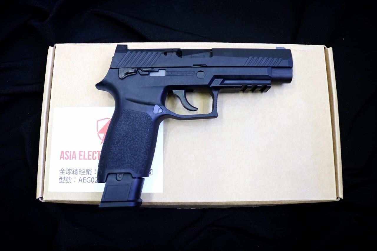 NEW ! AEG F17 GBB Airsoft Pistol ( BK )( TAN )
