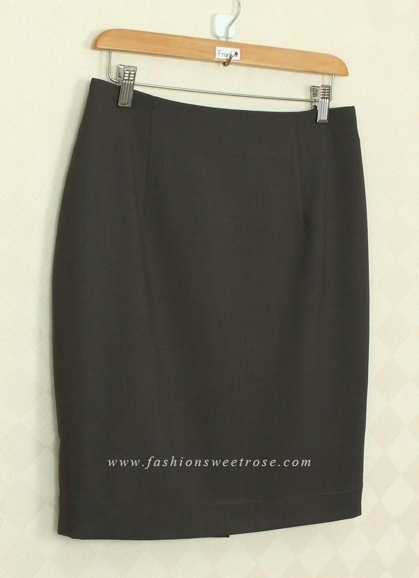 กระโปรงทรงดินสอ ผ้า Rose Skinny สีเทาดำ สไตน์เรียบหรู ใส่แมทกับเสื้อผ้าได้ง่าย ผ้าเนื้อดี รีดง่ายค่ะ