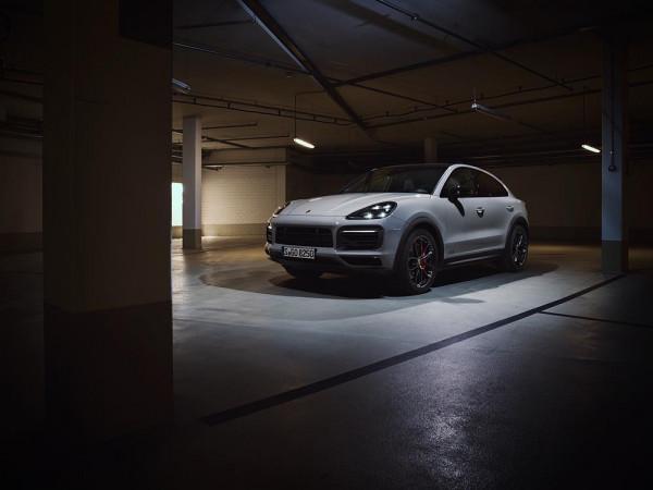 The new Porsche Cayenne GTS