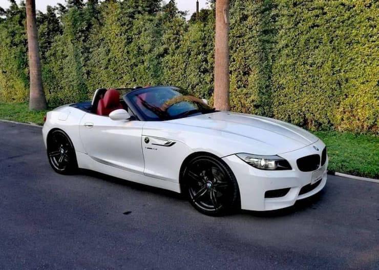 BMW z4 LCI Year2012 White color