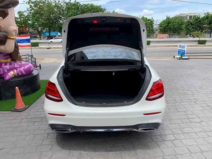 Mercedes-Benz E220d AMG Dynamic W213